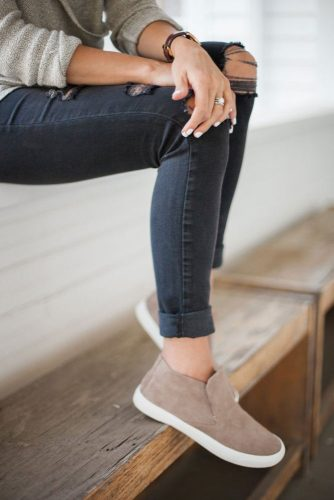 Stylish Casual Shoes You Need Right Now picture 4