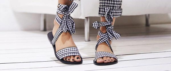 24 Fashionable Casual Shoes For Ladies