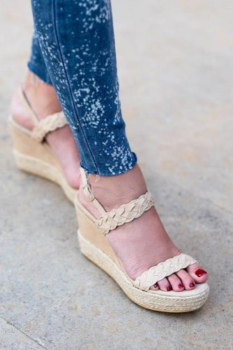 Super Comfy and Modern Casual Shoes picture 1