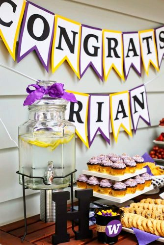 Candy Bars for Your Graduation Party picture 3