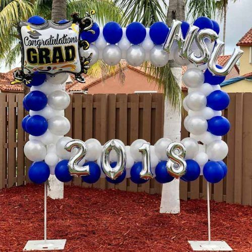 White And Blue Graduation Decor Ideas #ballons #whiteblueballons