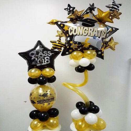 Small Ballons Graduation Decor Idea #ballons #stars