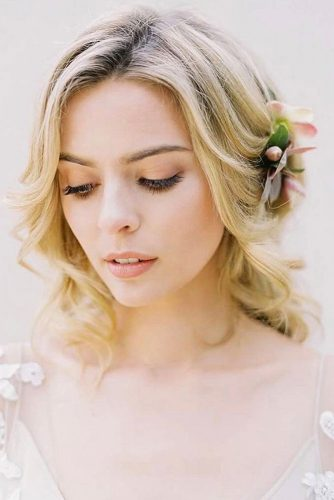 Gorgeous wedding hairstyles for shoulder length hair picture 5
