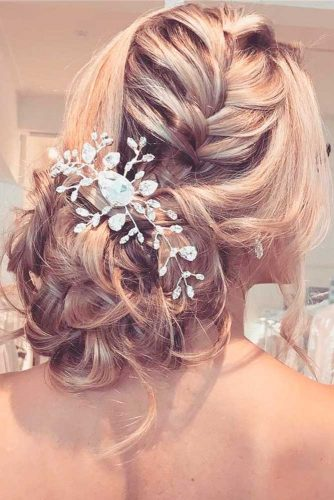 Romantic Wedding Hairstyle for Perfect Look picture 5