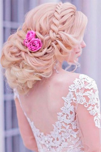 Amazing Hairstyle With Flowers picture 1