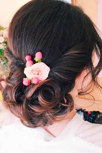 Amazing Hairstyle With Flowers picture 4