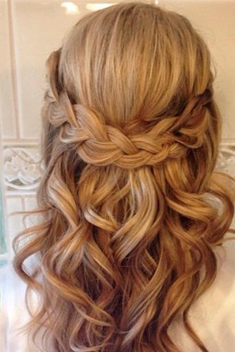 Fabulous Hairstyle for Charming Bride picture 2