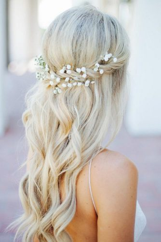 Fabulous Hairstyle for Charming Bride picture 1