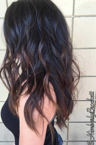 Stylish Looks for Long Layered Haircut picture 2