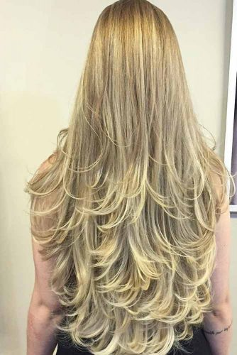 Chic Long Layered Haircuts for Blonde picture 4