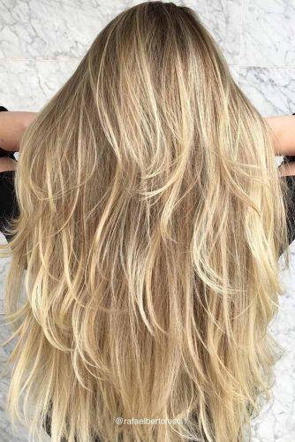 Chic Long Layered Haircuts for Blonde picture 5