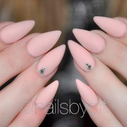 Matte Nude Nails With Rhinestones Accents #mattenails #rhinestonesnails