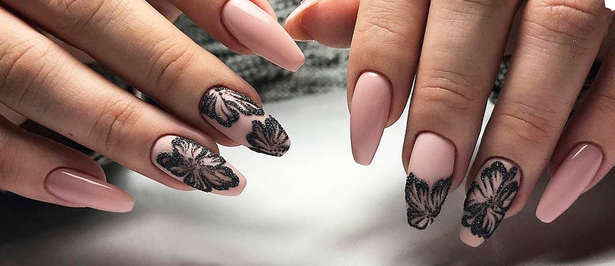 - 42 Pretty Nail Designs You'll Want To Copy Immediately