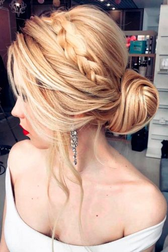 Luxury Wedding Hairstyle for Long Hair picture 3