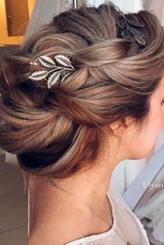 Luxury Wedding Hairstyle for Long Hair picture 1