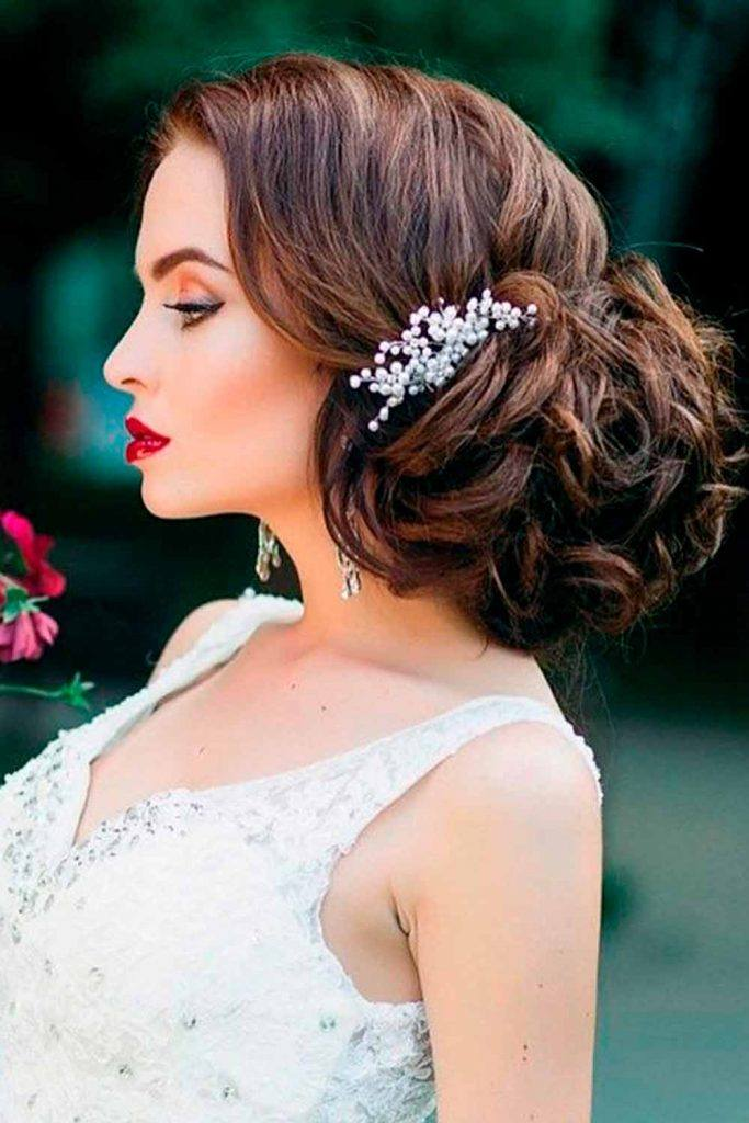Glam Updo With Side Pinned Barrette #hairbarrette #pinnedhairstyles