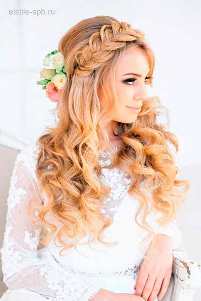 Wedding Hairstyle With Braided Crown #crownedhairstyles #hairwithbraids
