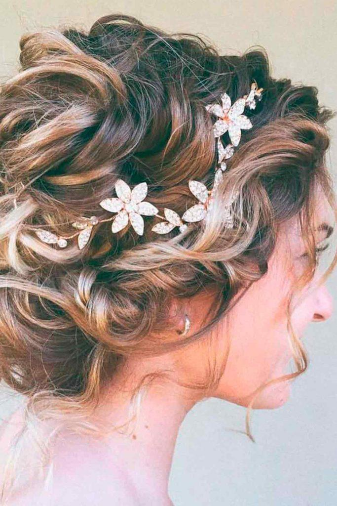Wavy Updo With Gold Wreath #simpleweddinghairstyles #wreath