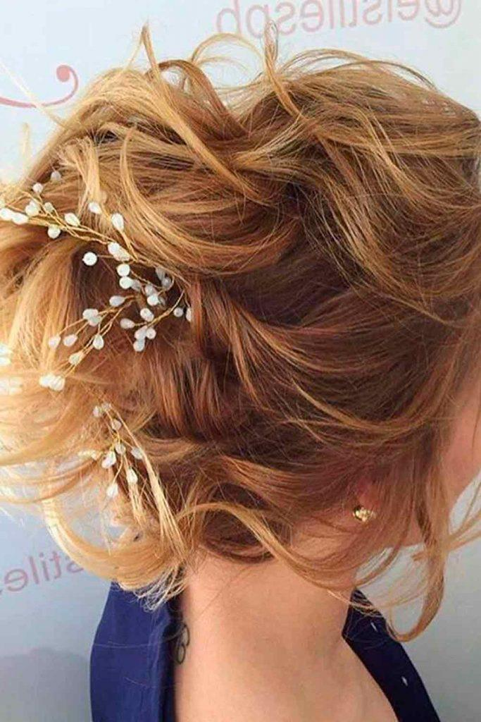 Messy Updo With Accessories #wavyhairstyles #shorthair