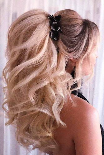 Wedding Ponytail With Puff #weddingponytails #formalhairstyles #wavyhair