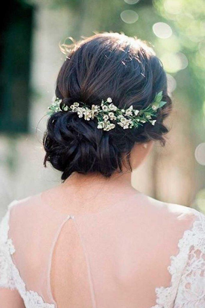 Wedding Updo For Brunettes #brunwttes #formalhairstyles