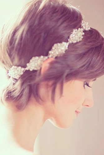 Cute Short Hairstyles for Beautiful Brides picture 2