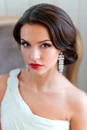 Cute Short Hairstyles for Beautiful Brides picture 5