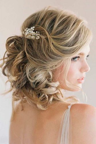 Sweety Wedding Hairstyles for Charming Brides picture 3