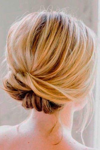 Simple Blinde Knot #bunhairstyles #knothairstyles #blondehair