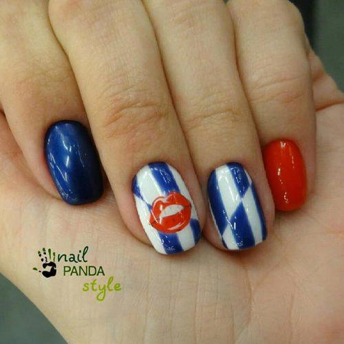 Creative Patriotic Nails With Lips Art #lipsart