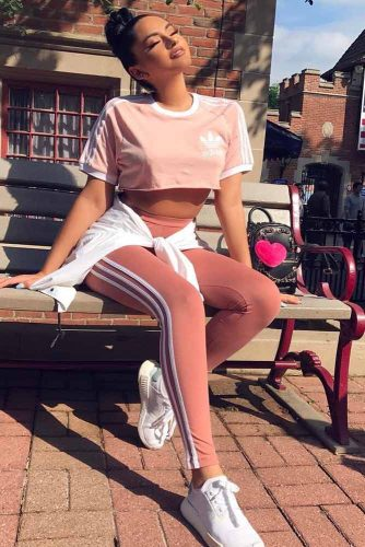 Comfy Adidas Pants Outfit Ideas picture 5