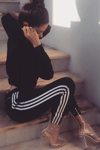 Comfy Adidas Pants Outfit Ideas picture 6