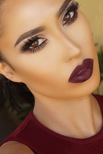 Perfect Looks with Maroon Matte Lipstick picture 3