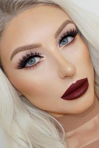 Perfect Looks with Maroon Matte Lipstick picture 5