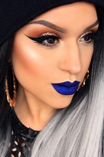Pretty Makeup Ideas with Blue Lipstick picture 3