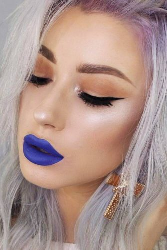 Pretty Makeup Ideas with Blue Lipstick picture 2