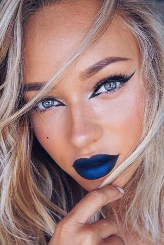 Amazing Makeup Looks with Blue Lipstick picture 6