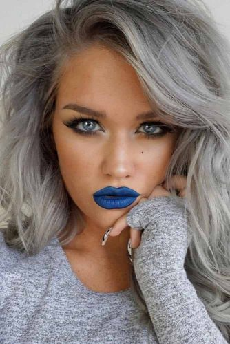 Trending Makeup Ideas with Blue Lipstick picture 1
