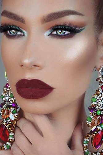Variations Of Burgundy Lipstick Matte picture6