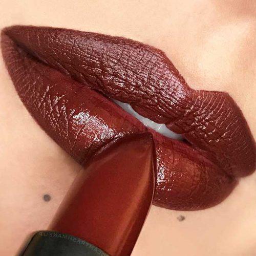 Chic Burgundy Lipstick Matte picture4