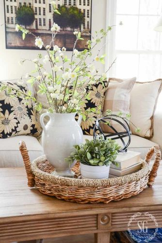 Create Wonderful Floral Centerpieces picture 3