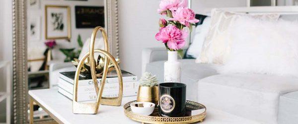 24 Trendy Ways to Arrange Coffee Table Decor