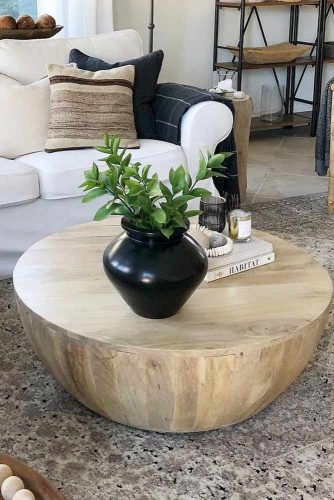 Small Wooden Coffee Table Design #smallcoffetable #woodentable
