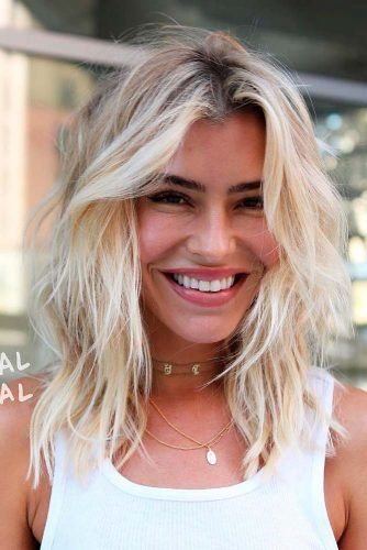 Blonde Layered Long Bob #lobhairstyles #blondehair #layeredhairstyles