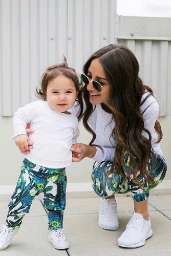 Mother and Daughter Matching Outfit Ideas picture 5