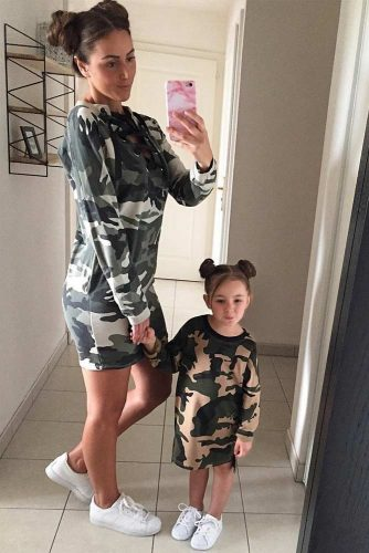 Cute Mommy and Me Outfit Ideas picture 6