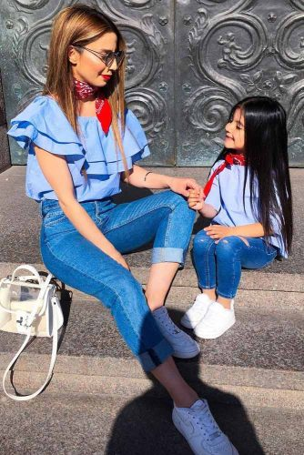 Mother and Daughter Matching Outfit Ideas picture 6