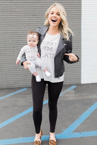 Mother and Daughter Matching Outfit Ideas picture 2