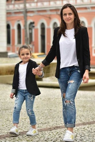 Stylish Mommy and Me Outfit Ideas picture 1