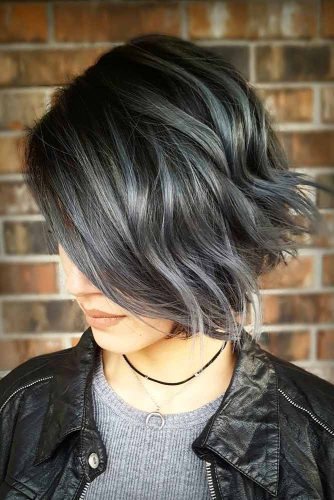 Cute Short Haircut Ideas picture 3